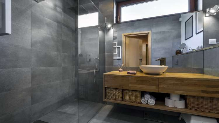 How to Choose Tiles To Match The Interior of Your Bathroom?